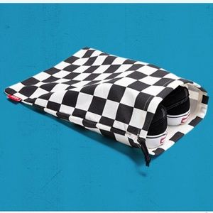 COLLECTORS💜CHECKERED SHOE BAG VANS OF THE WALL 🆕